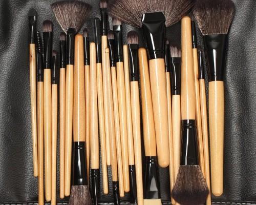 Pensule Machiaj - 698 produse