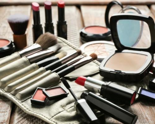 Seturi Cosmetice - 150 produse